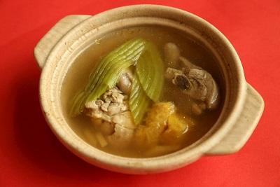 君品酒店台北 鳳梨刈菜雞湯