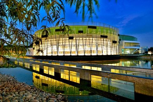 外埔園區樂農館夜景與分水步道(圖由台中市政府提供)