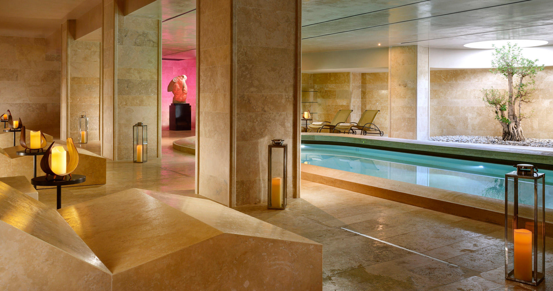 AROMA_wellness-Spa_Pool1