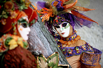 Different Venice Carvival costumes and masks - The Carnival of Venice Palazzo Venart