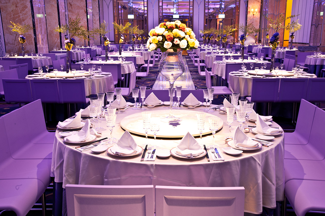 Gala-de-Chine-Splendor-table-image