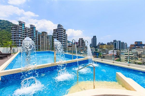 Maison-de-Chine-Jiaoxi-Outdoor-Pool