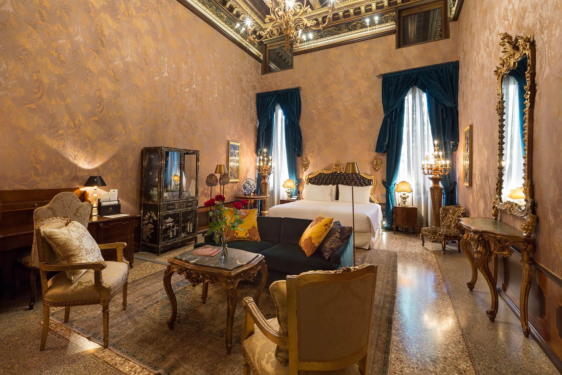 Palazzo-Venart-in-Venice-Luxury-room