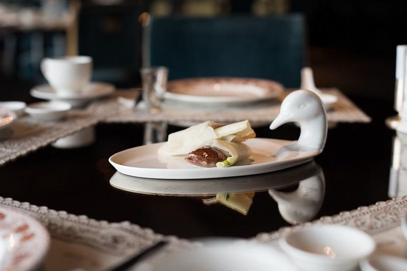 palaisdechine-duck-cuisine-with-fire-1